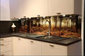 küchenrückwand günstig mit eigenem motiv gestalten