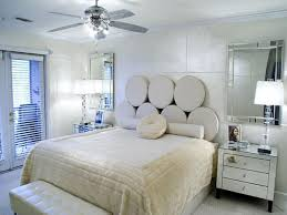 Light Neutral Colors And Unique Bed Headboard Idea Small Bedroom Design Decorating Ideas
