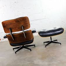 Vintage Eames Lounge Chair & Ottoman In Black Leather ... Brown Leather Eames 670 Rosewood Lounge Chair 2 Home Brazilian Sold 1970s Herman Miller Ottoman Details About Rare 1960s Lcm Mid Century Modern Classic Emes Style And 100 Top Genuine Black 60s Italian White In Early Special Order Green