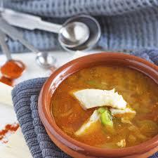 cuisine soupe de poisson recette soupe de poisson cuisine madame figaro