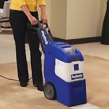 renting a carpet cleaning machine vs professional carpet cleaning