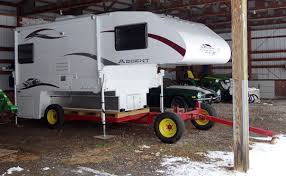 Diy Remove A Camper Jack by How To Store A Truck Camper