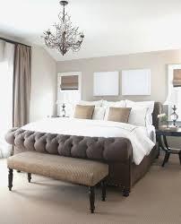 deco chambre taupe et blanc deco chambre blanc et taupe chambre taupe lit capitonnac en