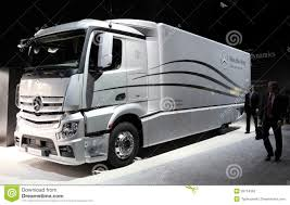 Mercedes Benz Aerodynamics Truck Editorial Stock Photo - Image Of ... A Blue Modern Semi Truck With High Roof To Reduce Air Resistance And Volvo Trucks Ramp Up Production Recall 700 Employees 7872b31f7a0d3750bd22e5ec884396b0jpg Truck Trailer Aerodynamics Aerodynamic Stock Photos Images Alamy Hawk 21st Century Technical Goals Department Of Energy Ruced Fuel Costs Hatcher Smart Systems Thermo King Northwest Kent Wa Automotive Aerodynamics Wikipedia Innovative New Method For Vehicle Simulationansys Mercedesbenz