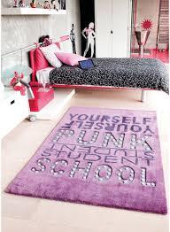 tapis pour chambre tapis pour chambre ado garçon collection et tapis violet chambre