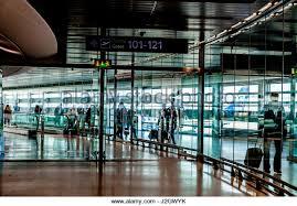bureau de change dublin airport european airport arrivals stock photos european airport arrivals