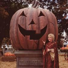 Halloweentown 2 Characters by Best 25 Halloweentown Ideas On Pinterest Halloweentown 1
