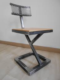 chaise en m tal table de bar en bois affordable awesome table de bar but kitchen