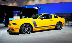 2013 Ford Mustang Boss 302 Does Its Best Impression of the 1970