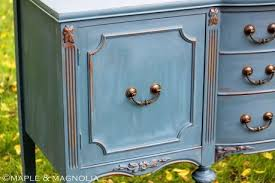 Use Chalk Paint To Achieve Painted And Distressed Cottage Style Furniture