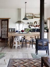 cuisine poele a bois le poêle à bois 40 idées pour changer l intérieur et se
