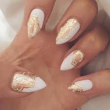nail designs with gold best 25 gold nails ideas on pinterest gold