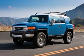 Toyota May Bring Back Small FJ Cruiser To Challenge Jeep Wrangler ...