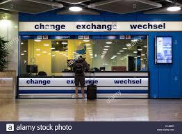 bureau de change dublin airport foreign exchange airport stock photos foreign exchange airport