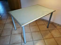 tisch und stühle küchentisch glastisch holzstühle