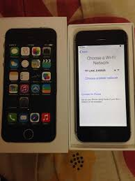 Iphone Used For Sale Barely Used IPhone SE 16GB Rose Gold Iphone