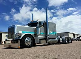 Peterbilt Custom 389 Heavy Haul | Peterbilt | Pinterest | Trucks ...