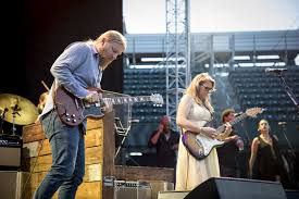 100 Derek Trucks Wife Tedeschi Band Caps Off A Hot Day Of Hard Work At Volvo Car