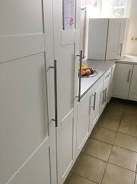hausmarke musterküche große küche ikea in weiß matt