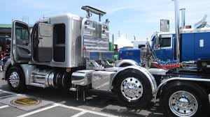 75 Chrome Shop Pride And Polish 2015 With Bubba Branch - Trucking ...