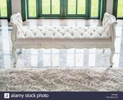classic vintage white getuftete sitzbank oder schlafzimmer
