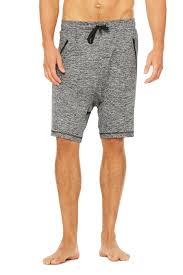drop crotch short men u0027s yoga shorts u0026 pants at alo yoga