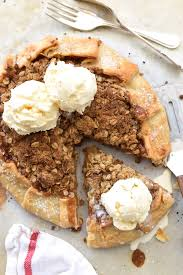 Quick Rustic Apple Tart With Oatmeal Crumble
