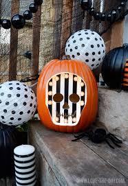 Minnie Mouse Painted Pumpkin by 25 Creative Pumpkin Decorating Ideas