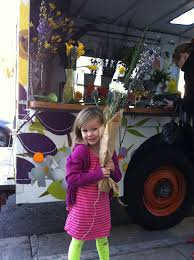 Owner Operator Jenifer Kaplan Rolls Around Town Selling Flowers And To Go Vases Flower Truck Does Events Parties Will Be There When You Need A