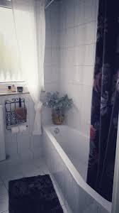 badezimmer einblick klein aber fein gold schwar