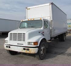 100 24 Box Truck 2000 International 4700 Box Truck Item E8210 SOLD J