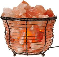 Earthbound Salt Crystal Lamps by Best 25 Himalayan Salt Lamp Ideas On Pinterest Himalayan Salt