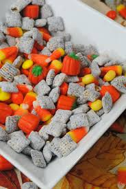Pumpkin Spice Chex Mix With Candy Corn by Pumpkin And Candy Corn Muddy Buddies Party Mix The Thrifty Couple