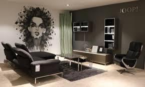 moderne wandgestaltung im wohnzimmer kombiniert möbel