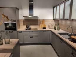 mischung aus landhaus und moderne in grau express küchen