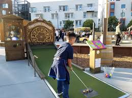 100 Sf Food Truck Stop Outdoor Mini Golf Right Here In SF Yes And With Food Trucks And A