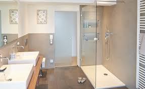 ebenerdige dusche mit eingelassener ablage ebenerdige