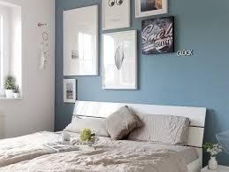 schlafzimmer makeover mit neuer wandfarbe warum dunkle