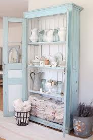 buffet cuisine en bois relooker armoire ancienne en 30 idées déco bluffantes armoires
