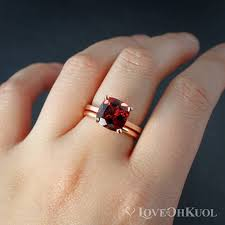 Classic Red Garnet Engagement Ring & fort Fit Wedding Band