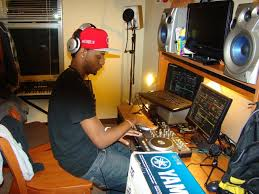 Student Turns Room Into Rap Studio The Horizon