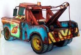 Apenas Quatro Folhas De Papel Para Montar Esta Replica Perfeita Do Mate Ou Tow Mater Truck Da Animacao Carros 2 Disney Este Modelo Foi