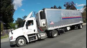 100 Sysco Trucking Semi Truck Driver On The Phone While Driving
