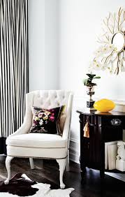Captains Chairs Dining Room by Diy Spray Paint Vinyl Chairs Withheart