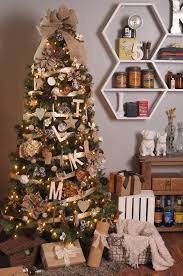 Saran Wrap Christmas Tree With Ornaments by How To Put Ribbon On A Christmas Tree Christmas Decoration Ideas