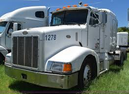 2000 Peterbilt 377 Semi Truck | Item K6140 | SOLD! August 18...