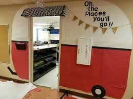 Funny Christmas Office Door Decorating Ideas by Teacher Decorated Classroom Door For The Kids Pinterest