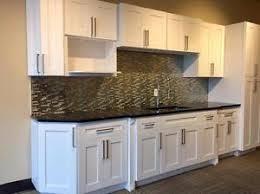 armoire de cuisine aubaines sur des matériaux de rénovation dans