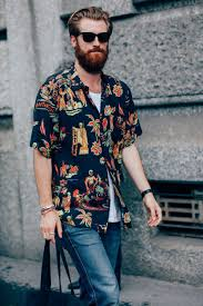 Best Hawaiian Shirts For Men 23