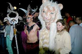West Hollywood Halloween Carnaval 2017 where to celebrate halloween 2017 in la parking tips and hacks